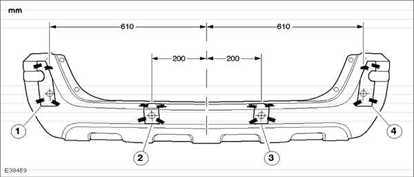 Схема установки - практически как у заводского парктроника: крайние датчики немного повыше центральных.