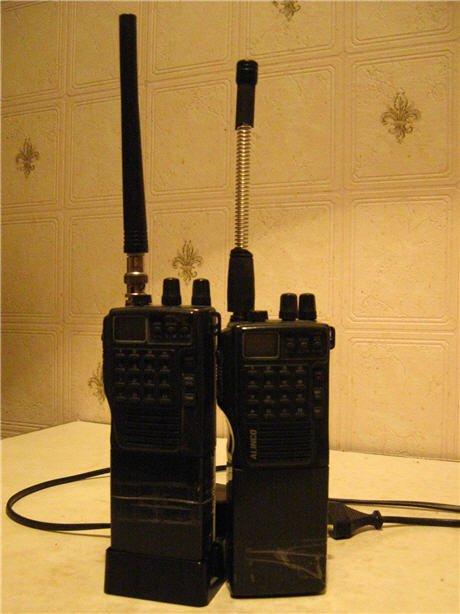 Продам две радиостанции ALINCO