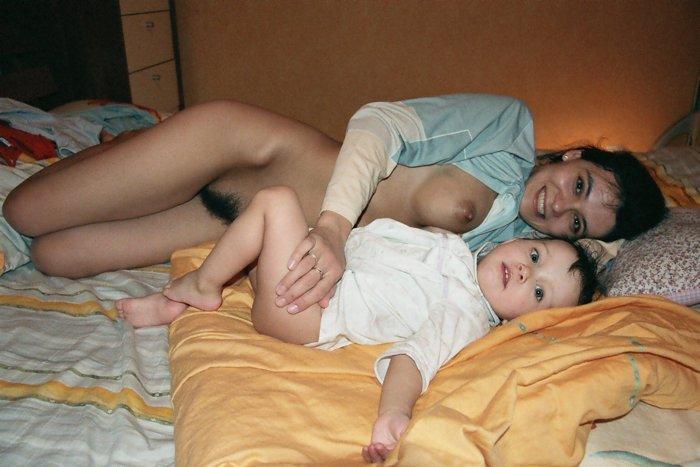 Частные фото голых молодых мам